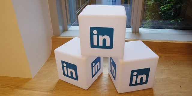 How to drive leads through sponsored LinkedIn updates